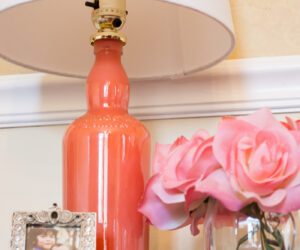 Easy And Creative Ways To Paint Bottles And To Turn Them Into Wonderful Decorations