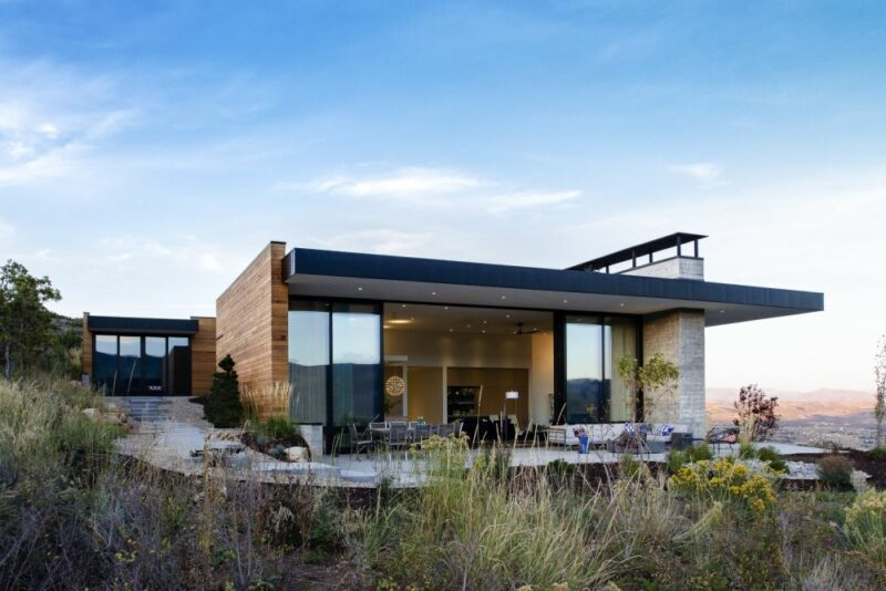 A Modern Home Embedded Into Utah's Gorgeous Mountain Landscape