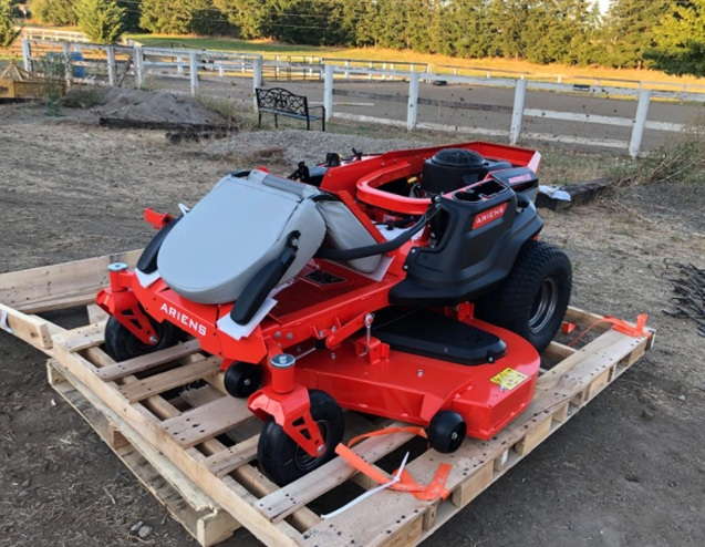 How to Choose the Best Zero-Turn Mower For A Professionally Landscaped Look