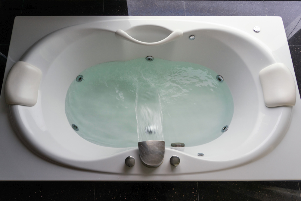 A Step-by-Step Guide on How to Clean a Jetted Tub