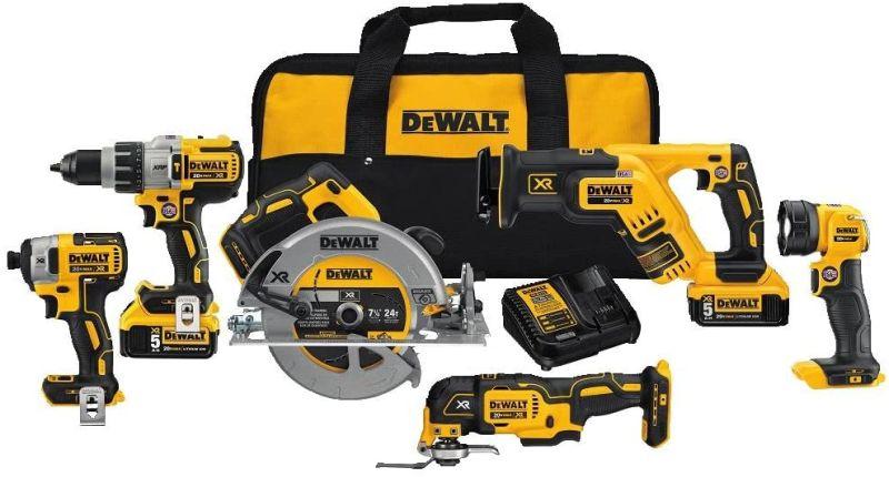 DEWALT 20V MAX XR Brushless Combo Kit