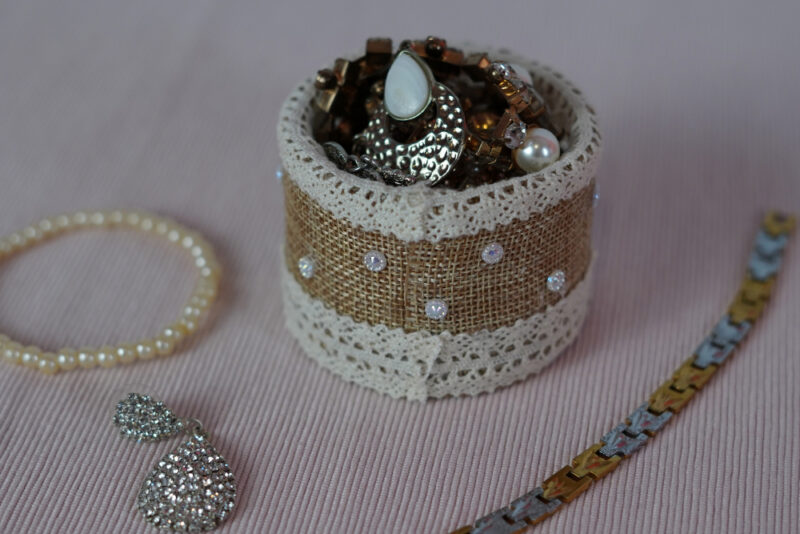 How To Make A Small Farmhouse-Style Jewelry Holder For Your Favorite Accessories