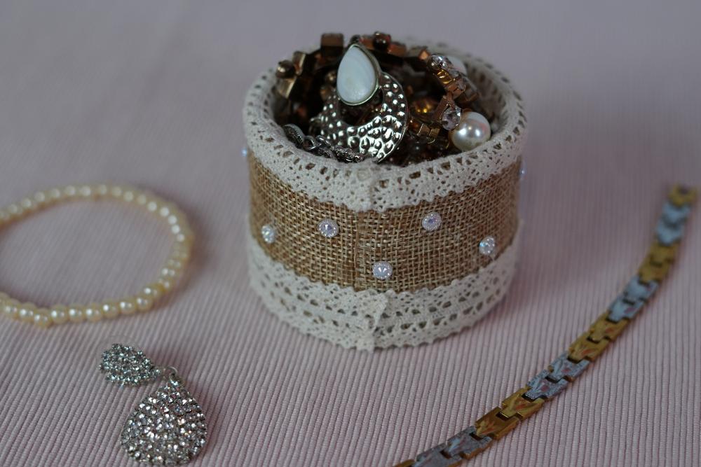 farmhouse-style jewelry holder