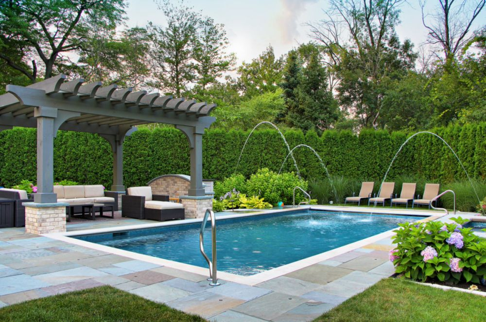 Play around with pool fountains