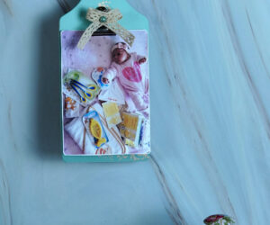 Transform Old Wood Cutting Board Into A Picture Frame