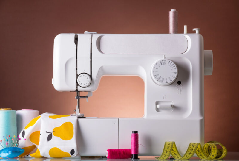 Sewing Beginner? Start Out with a Small Sewing Machine