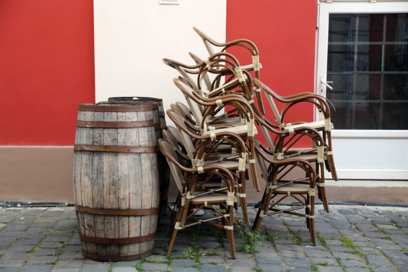Small Backyard Area ? Save Your Space with Stackable Patio Chairs
