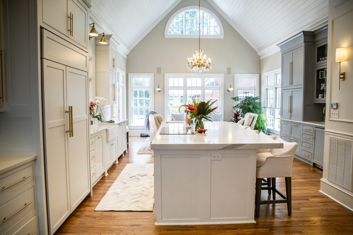 Does a Vaulted Ceiling Need to Be Vented?