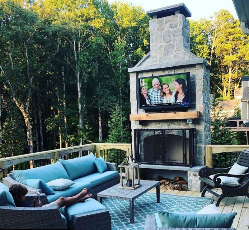 Beautiful Patio Designs With TVs And Cozy Furniture