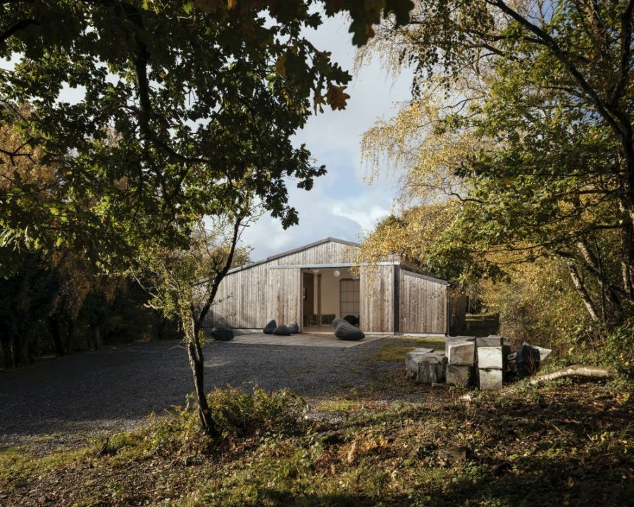 The design preserves some of the original charm of the barn but also adds a modern vibe to it