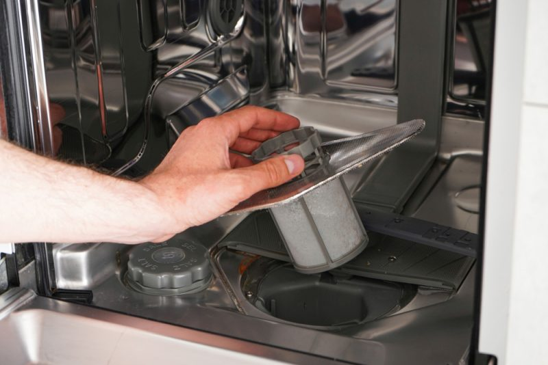 Keep Dishes Sparkling by Learning How to Clean the Dishwasher Filter