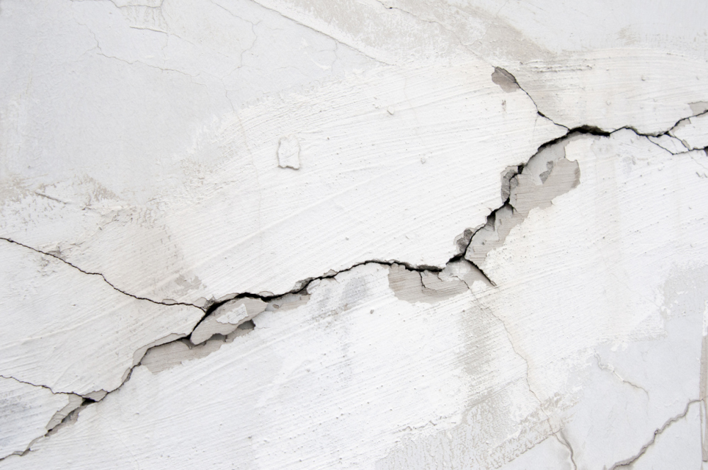 How To Fix Cracks In Walls