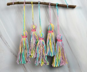 How To Make A Colorful Wall Hanging With Yarn Tassels