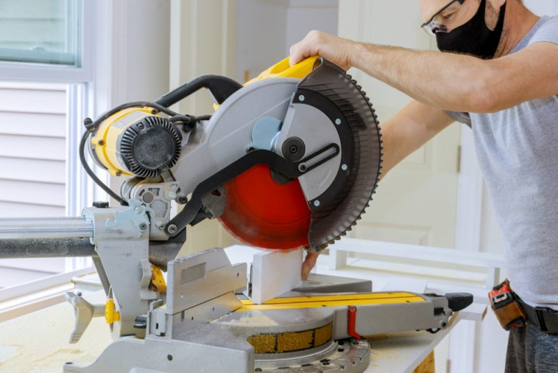 What to Look for in a Hybrid Table Saw – DIY Woodworker Essential Tool