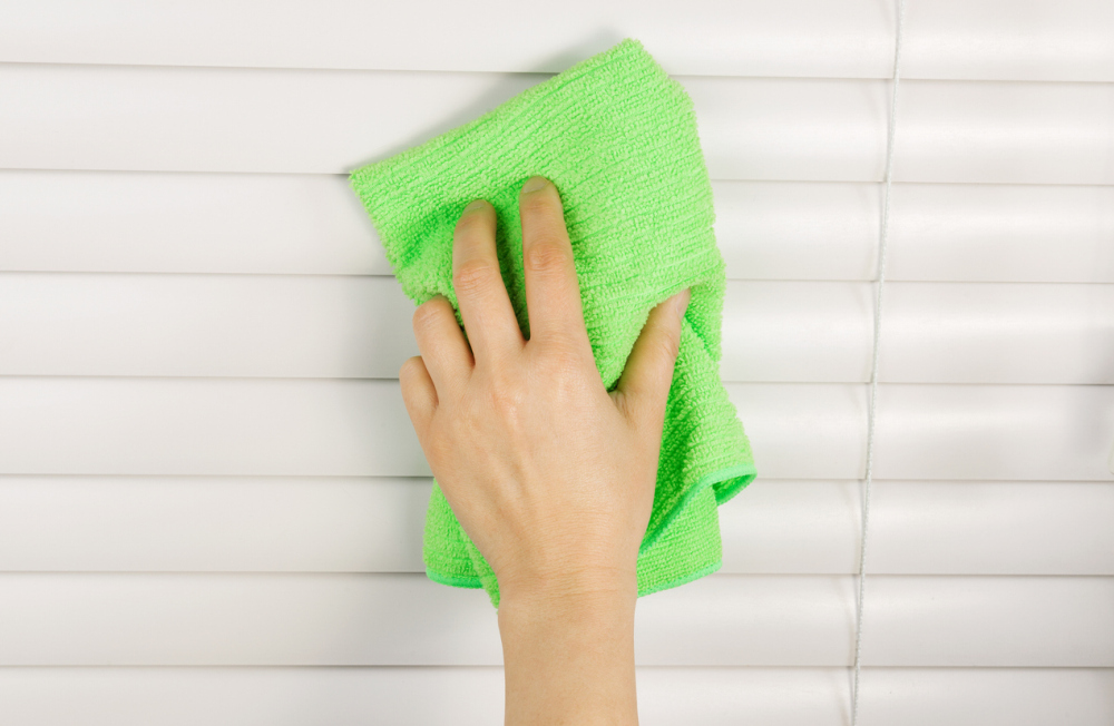 Supplies for Cleaning Blinds