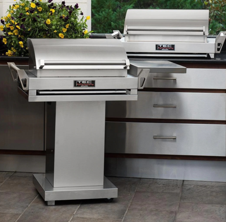 TEC G-Sport FR Infrared Propane Gas Grill On Stainless Pedestal