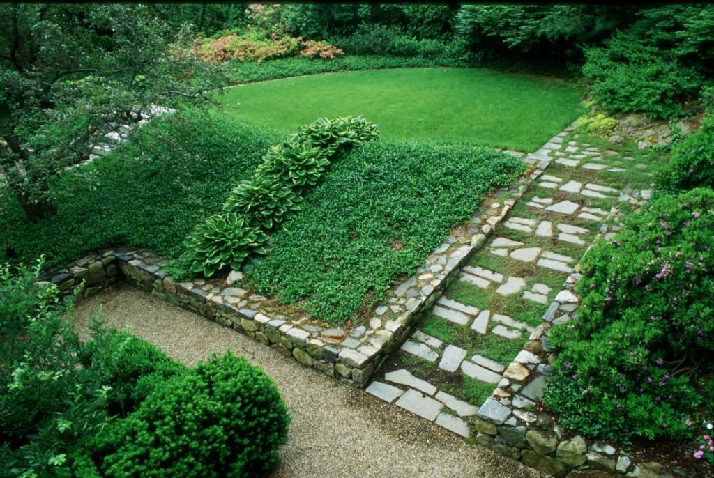 What Is Hillside Landscaping