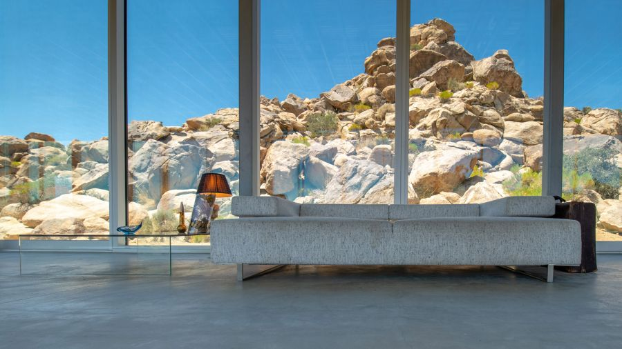 The glazed walls allow the rooms to enjoy magnificent, panoramic views