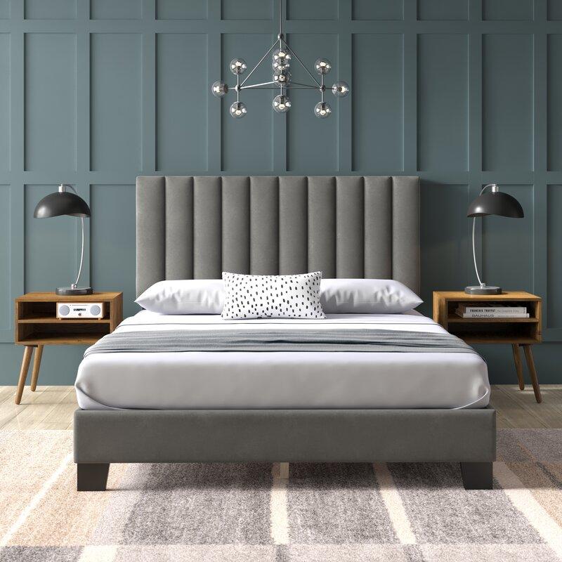 Applegate Queen Upholstered Platform 3 Piece Bedroom