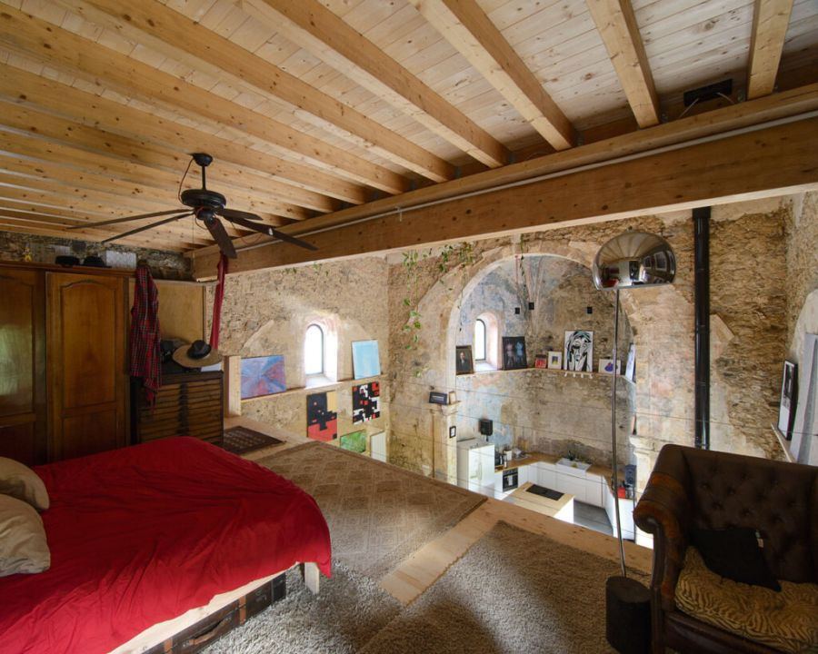 A loft floor was created for the bedroom
