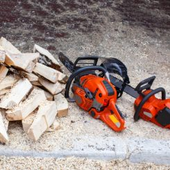 Battery Power vs Gas Power Chainsaws