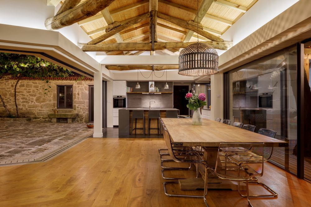 The ceiling is one of the most interesting and impressive design elements in this project