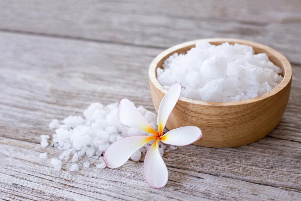how to use epsom salt in the garden