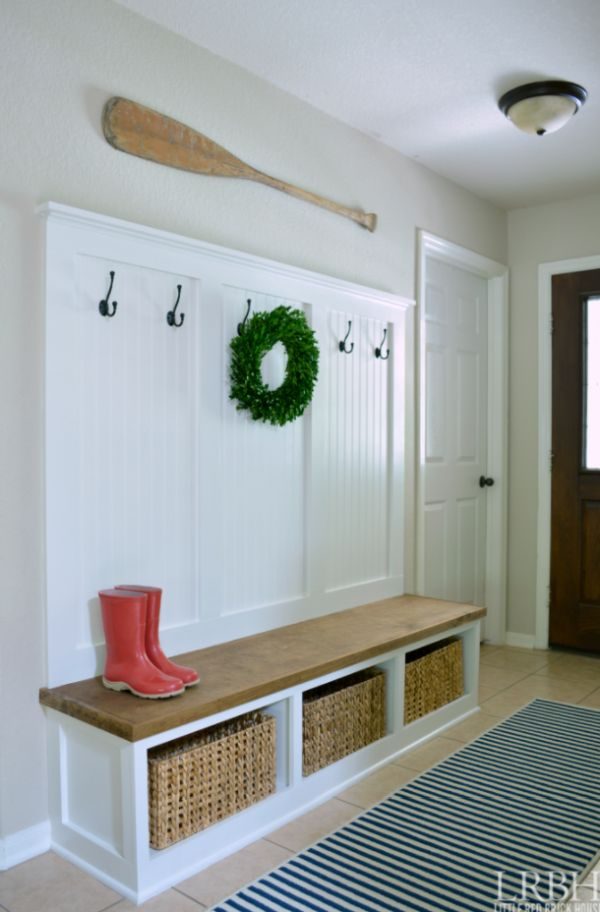 Wide bench and coat rack combo