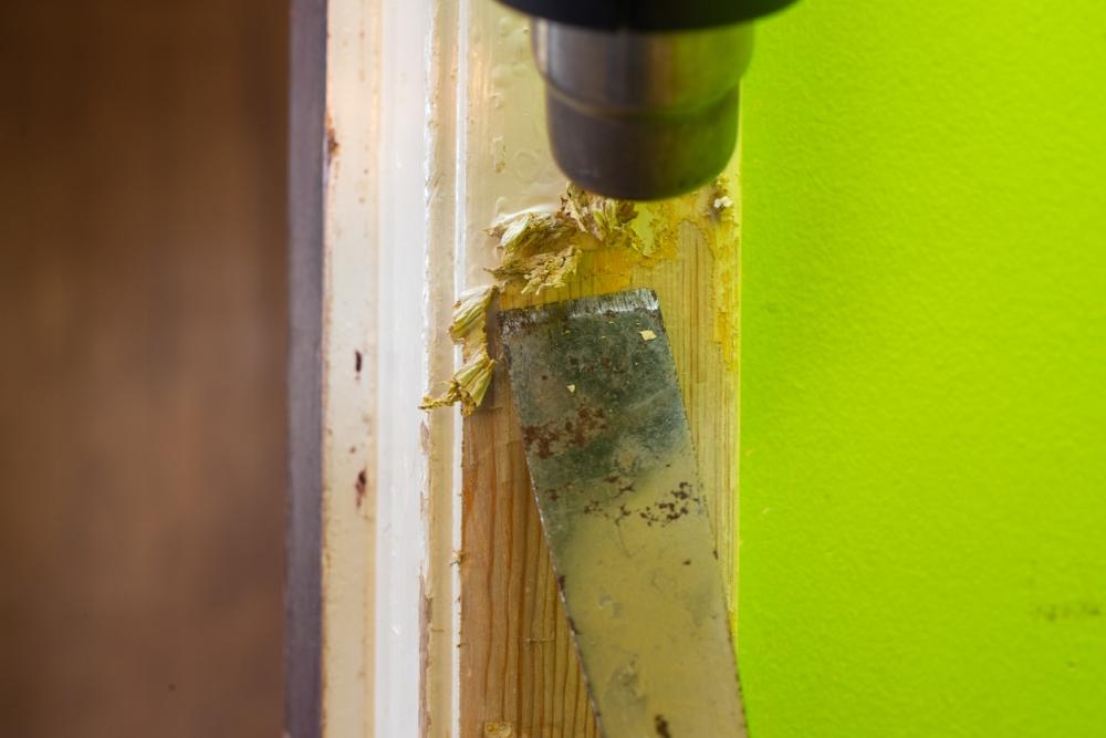 Heat gun paint scraper