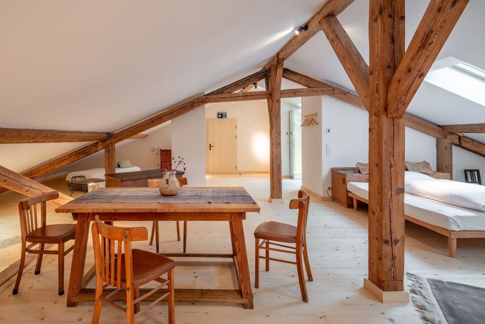 This charming farmhouse hotel also has an indoor living area