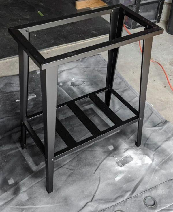 Black Spray paint on Metal Furniture