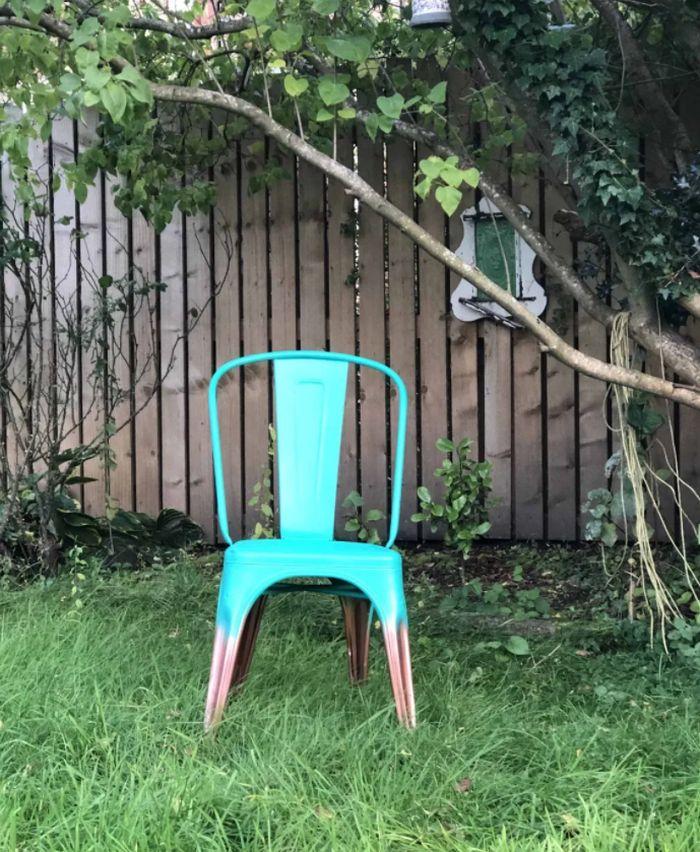 Spray paint metal chair