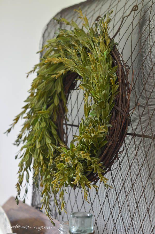 A simple boxwood wreath