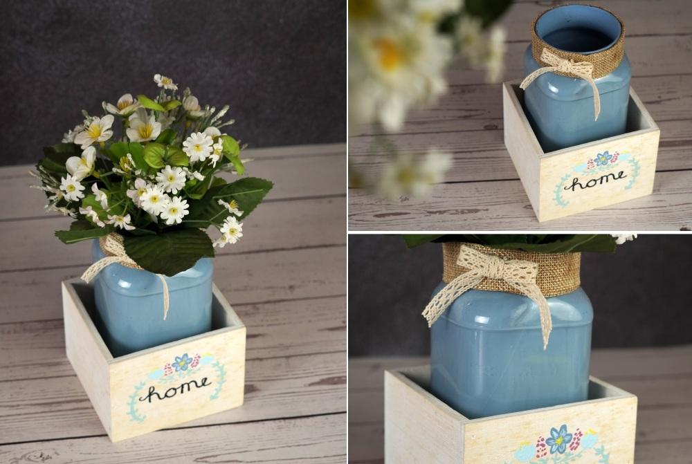 Mason Jar Centerpiece With Flowers