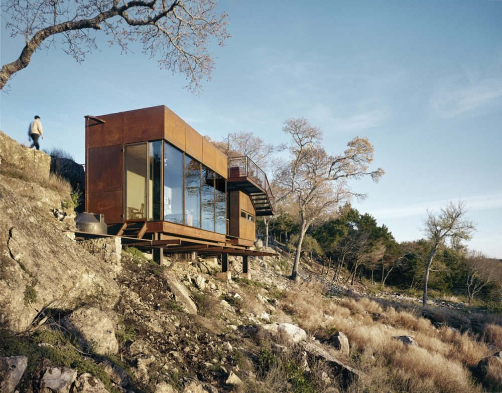 Although steel is a cold and harsh material, in this context it has an earthy appeal