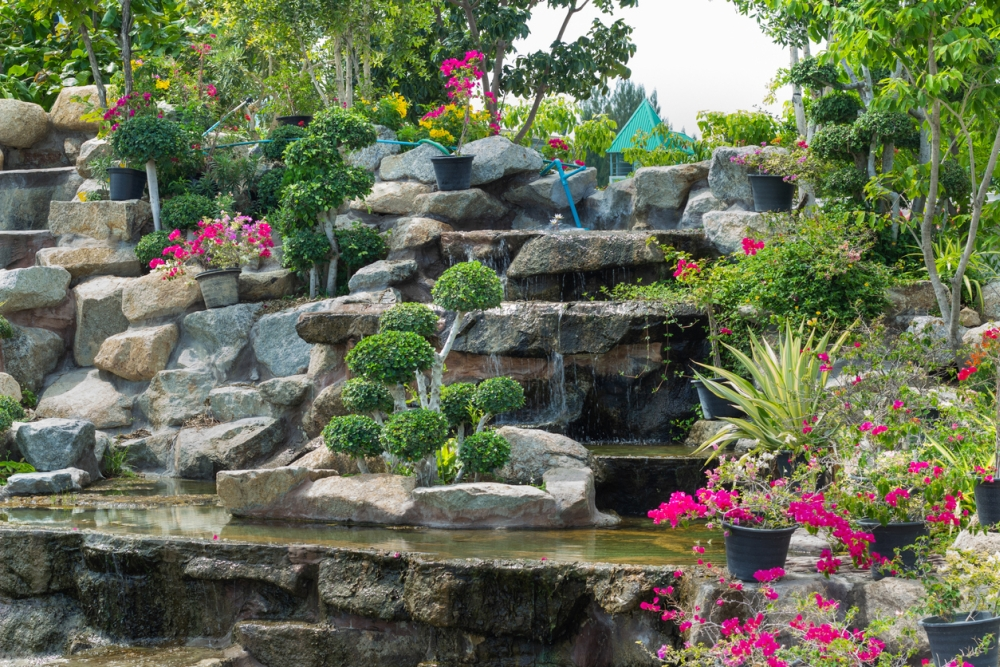 Tropical Landscaping With Rocks