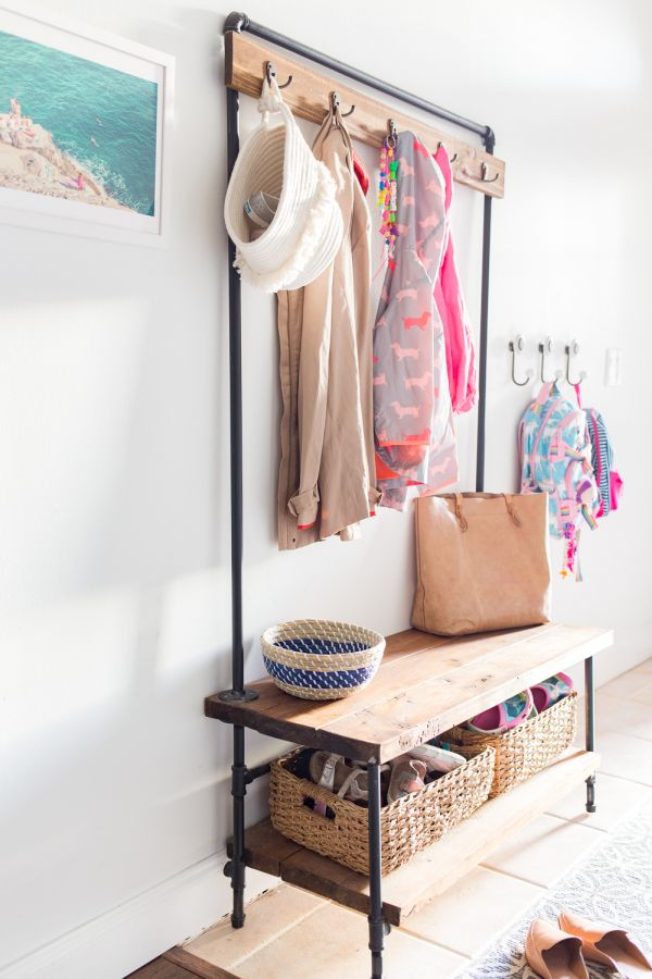 How To Build A Coat Rack Bench That Fits In Your Entryway