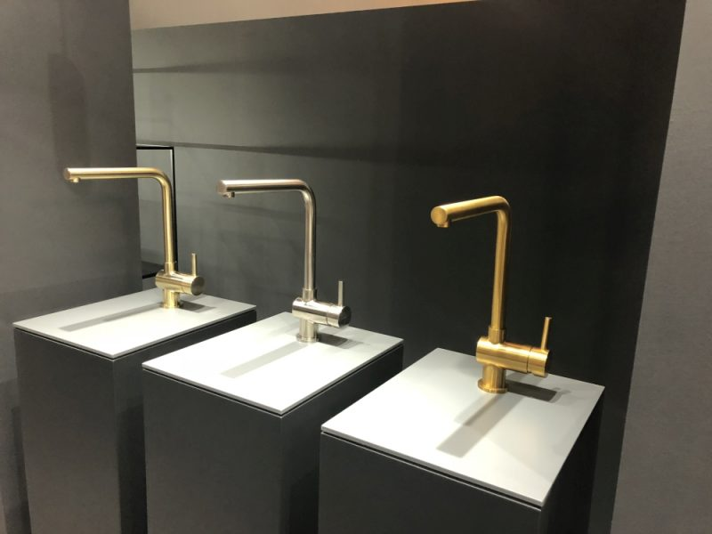 Brushed Nickel Vs. Chrome: Which Is The Better Faucet?