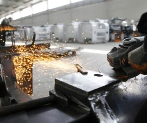 How To Choose An Angle Grinder For Your DIY Home Improvement Projects