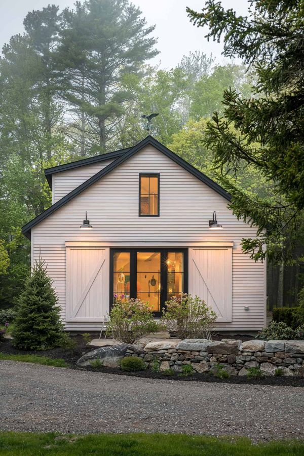 A Maine Barn Home Honors Its Historic Elements and Sustainability