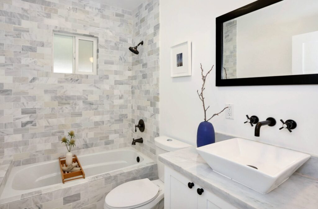 Cozy Modern Bathroom with black faucet