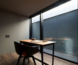 Tokyo Home Uses Small Size as a Plus in Creating Work-Life Balance