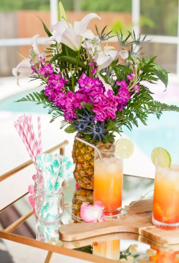 How to Make a Tropical Pineapple Floral Arrangement