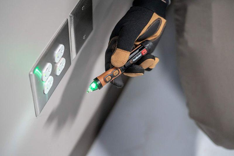 Southwire 40150N Advanced AC Non Contact Voltage Tester Pen