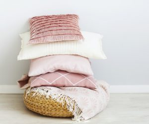 What is the Standard Size of a Pillowcase?