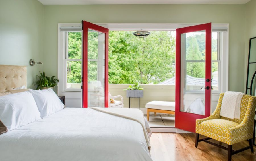 summer bedroom Let the outdoors in