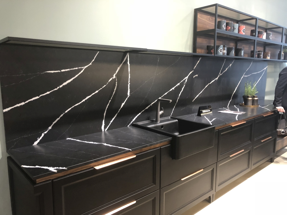 Black marble kitchen backsplash design with white veins
