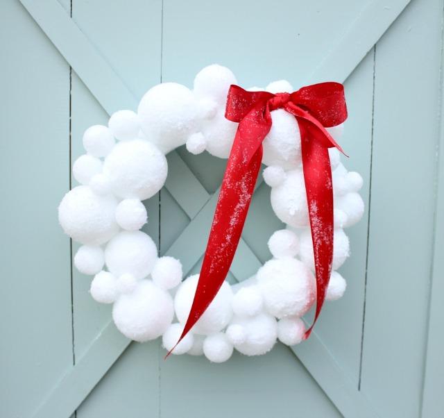 Festive Snow Wreath