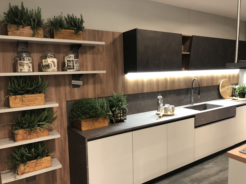 Galley Kitchen pictures design ideas