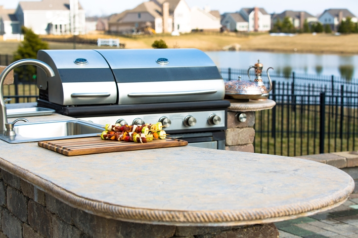 DIY Outdoor Kitchen Countertop Options